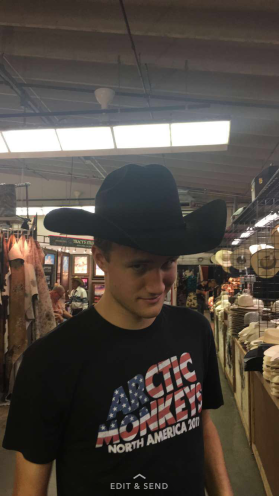Michael (de Filadelfia) prueba la cultura de Wyoming